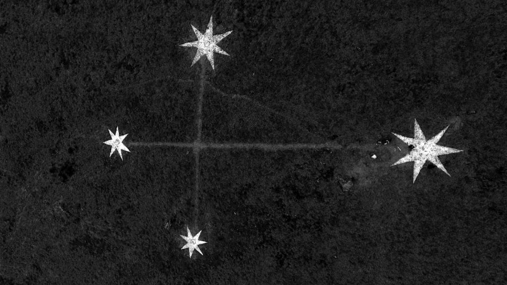 K27523 Cruz del Sur en la tierra #5